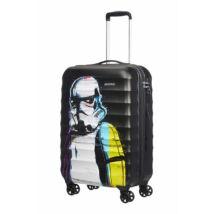 American Tourister Star Wars állóbőrönd 55 cm-es